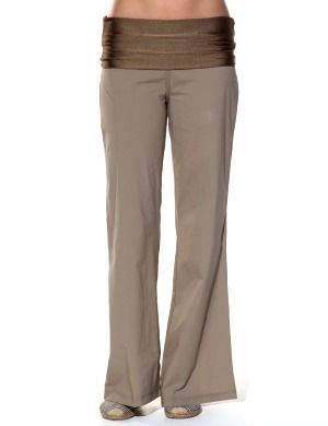 style-guide-ultimate-womens-travel-pants