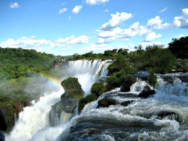 what-to-wear-in-brazil-waterfalls-samba-and-thongs