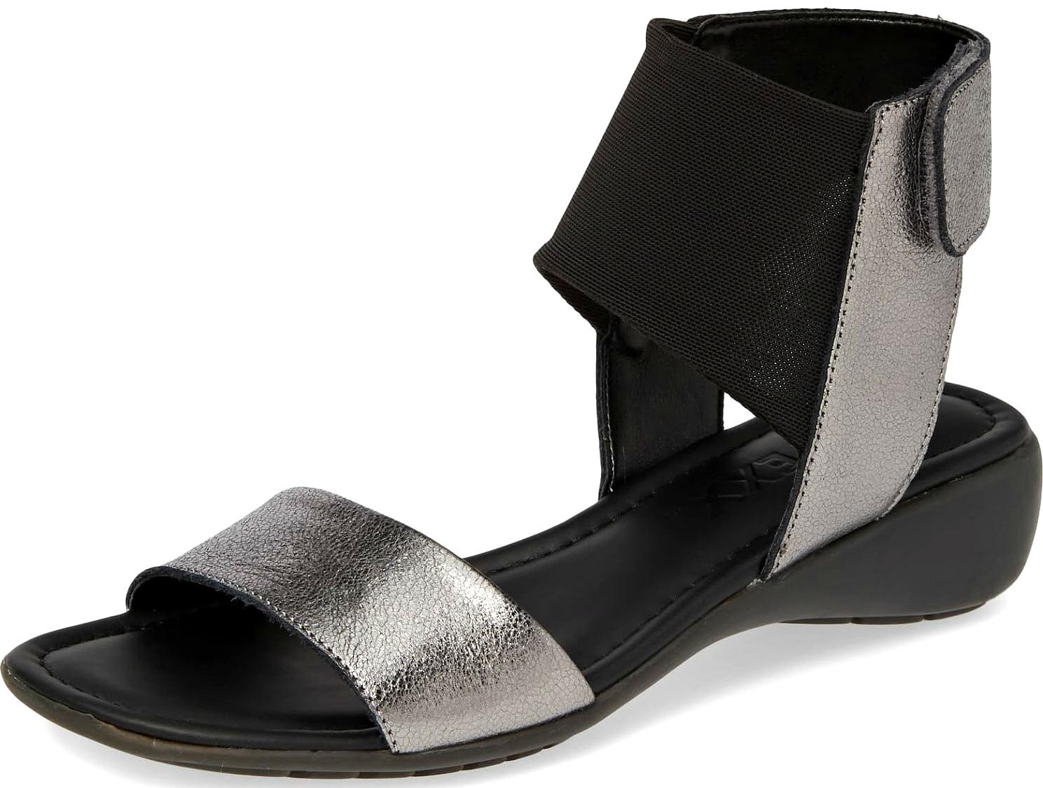 best-black-sandals