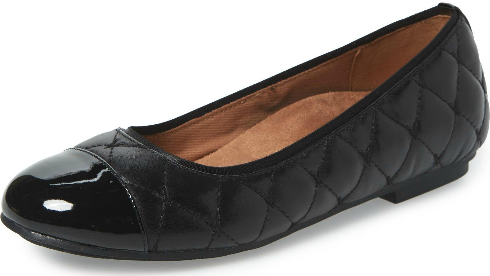 Vionic-podiatrist-recommended-shoes-for-flat-feet