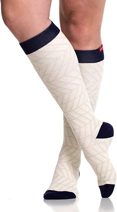 best-gifts-for-mom-vim-vigr-stylish-compression-socks